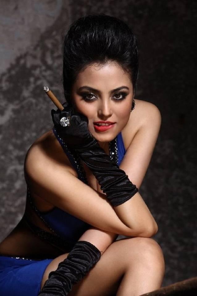 Actress Meenakshi
