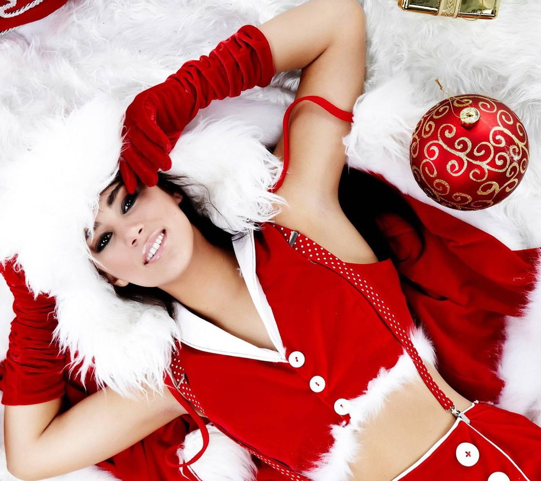 mature-lesbians-hot-christmas-girls