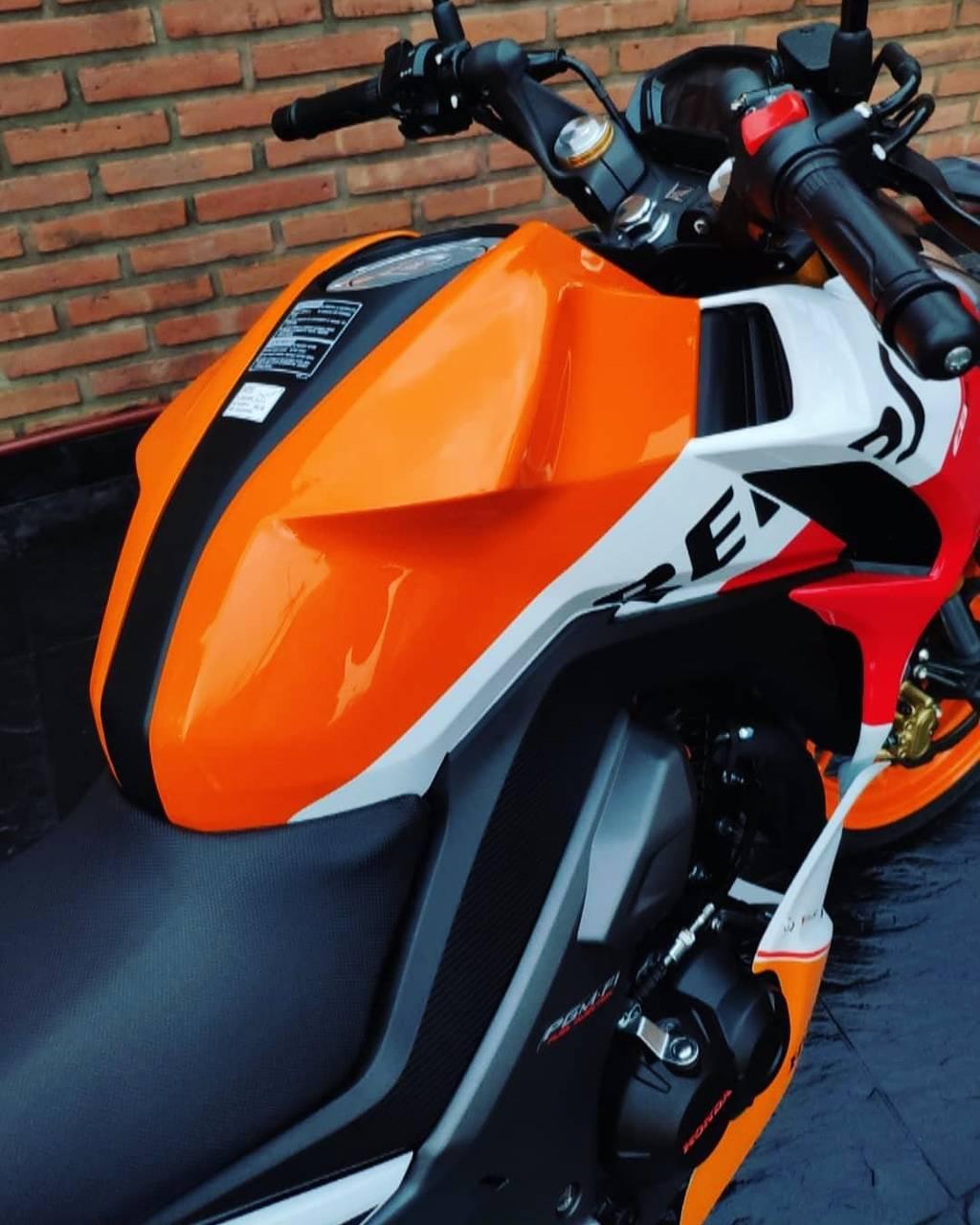 Honda CB 190R Repsol