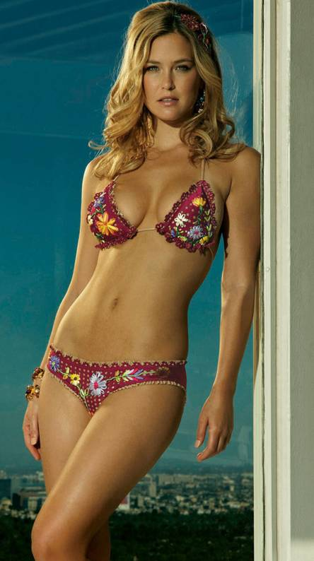Red Bikini Barrefael