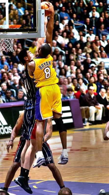 Kobe posterized Yao