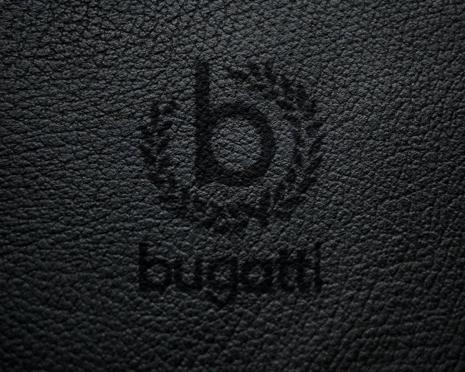 Lleather Bugatti