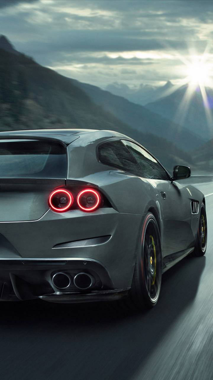 Ferrari GT4 Lusso