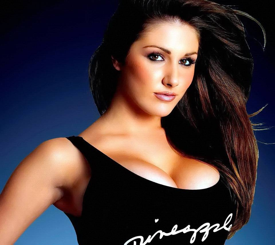 Lucy Pinder