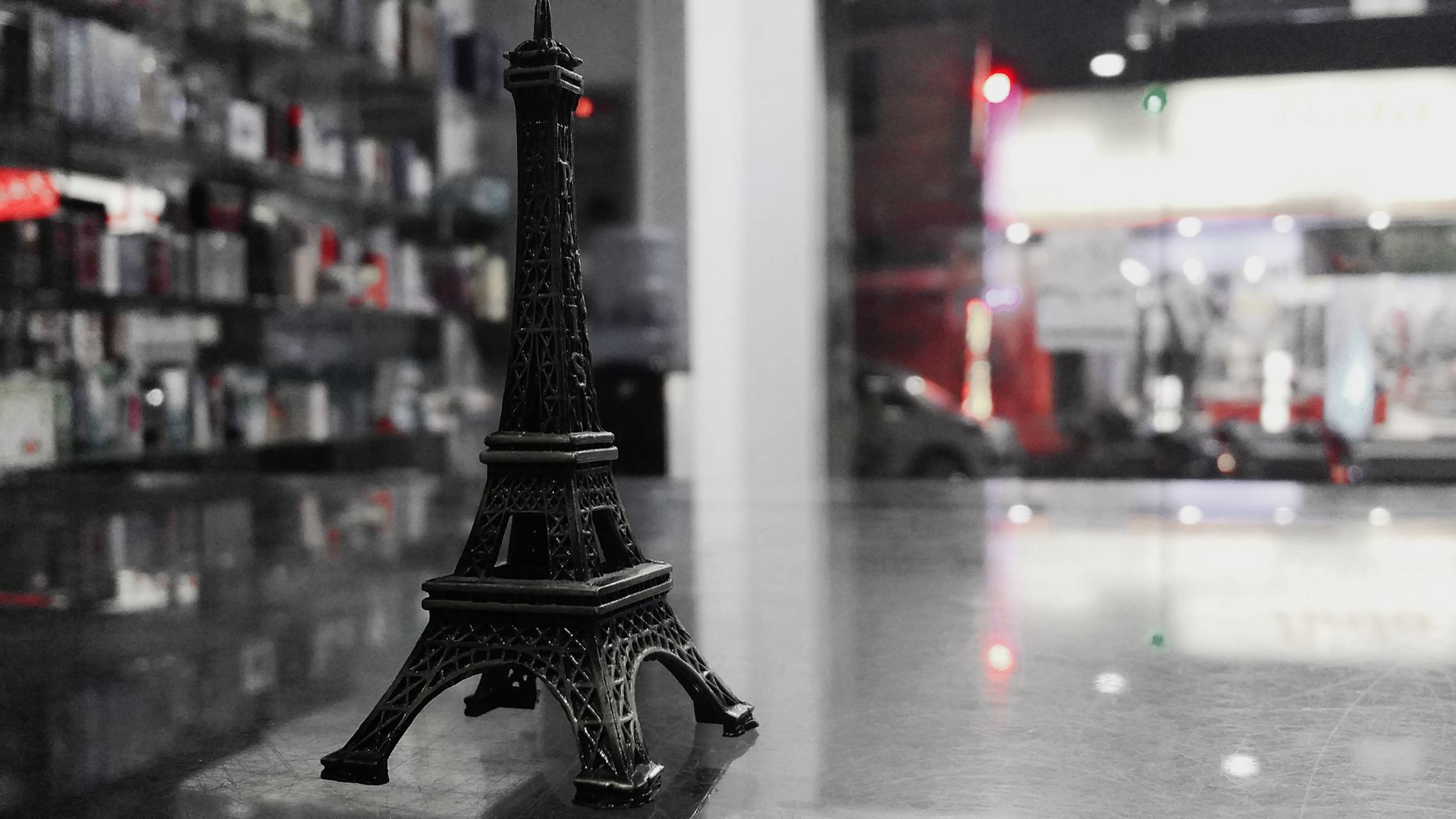 PARI---S