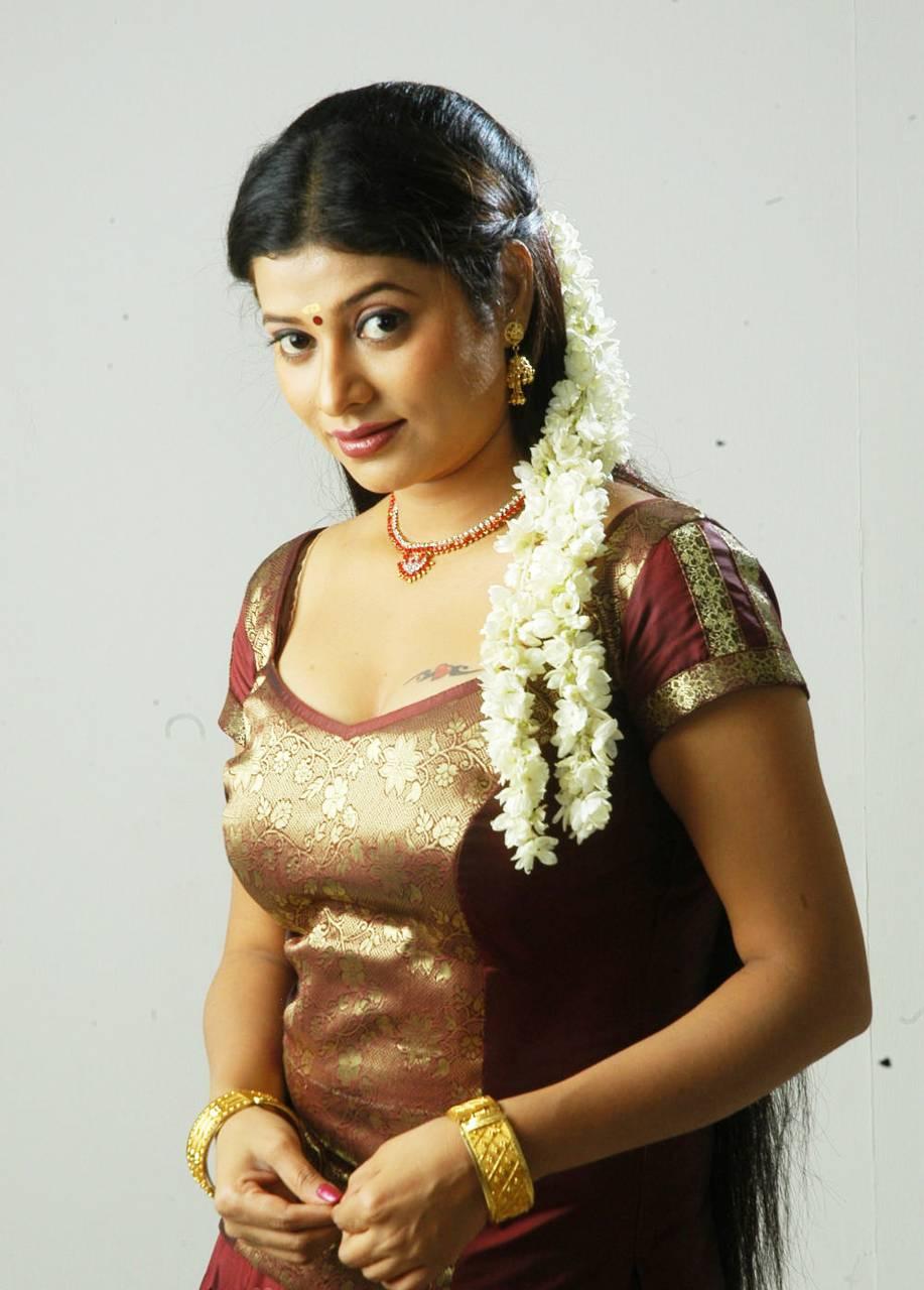 Shobana Naidu