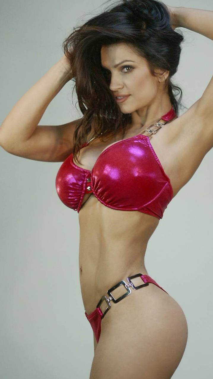 Denise Milani Hot