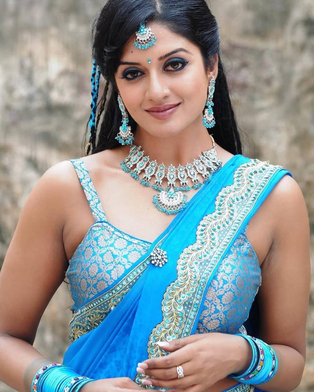 plastered-beautiful-tamilnadu-woman-nute-allison-nude-sister