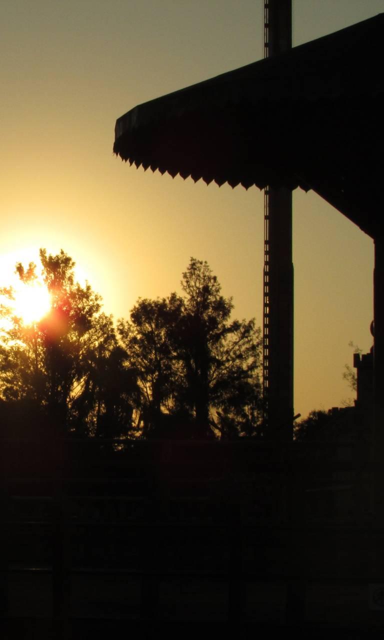 Beto Carrero sunset