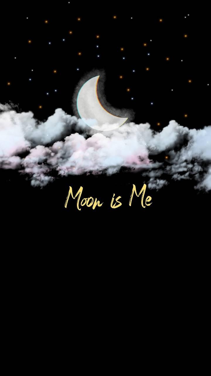 Moon is Me