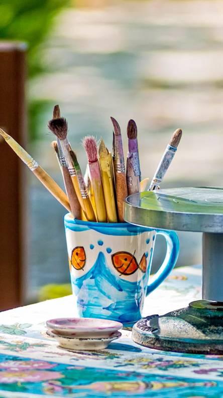drawing pot