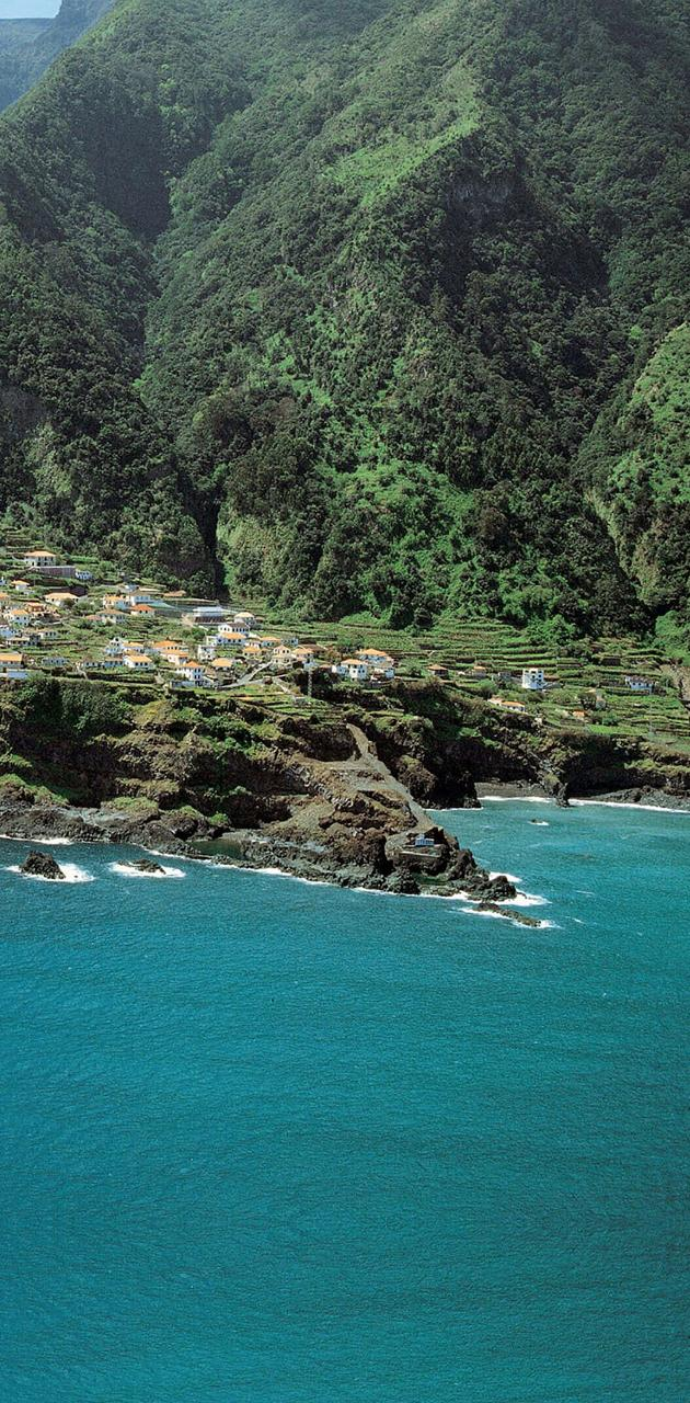 Island Homes 3