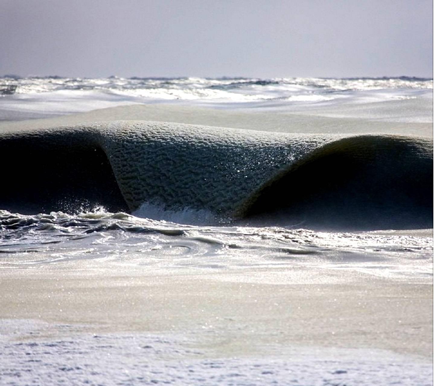 semi-frozen waves