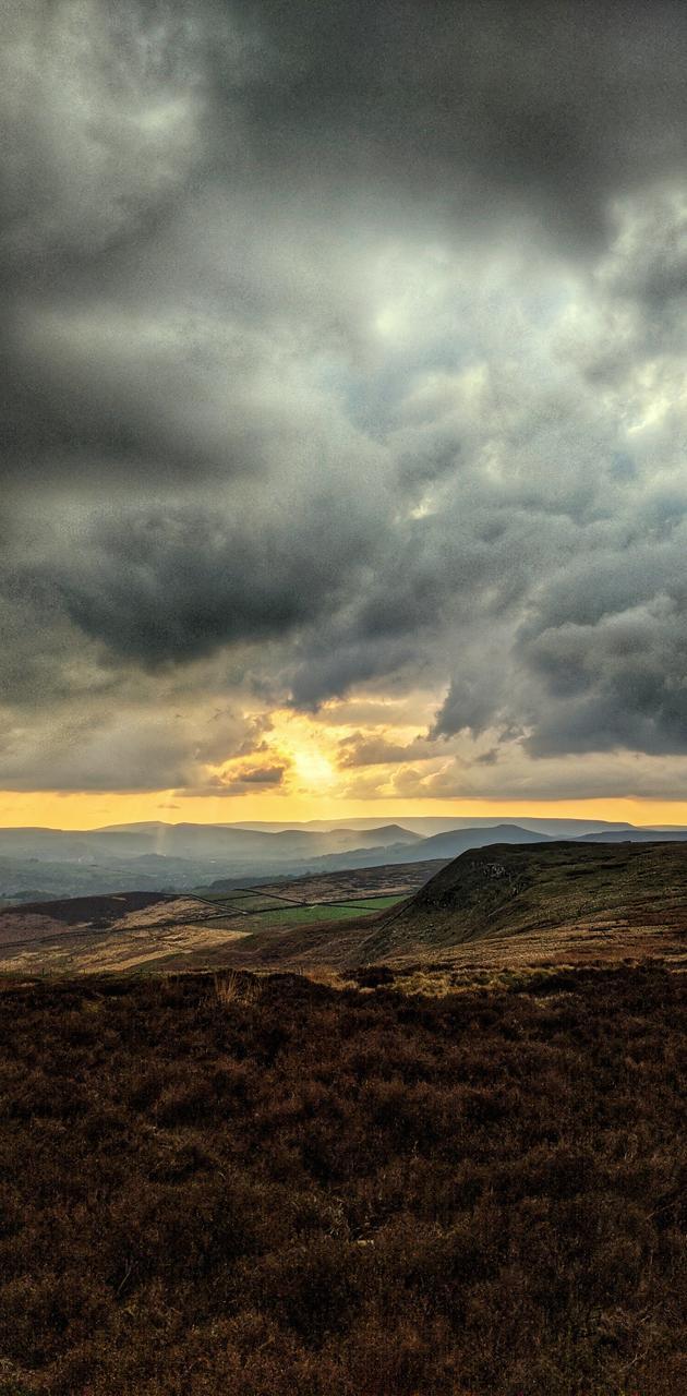 Big moorland sky