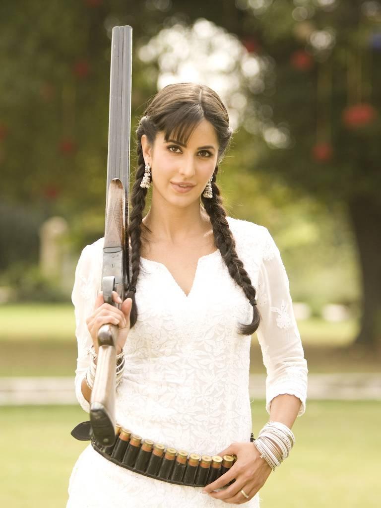 Katrina With Gun