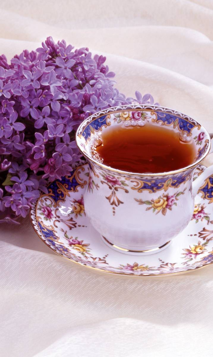Lilac And Tea