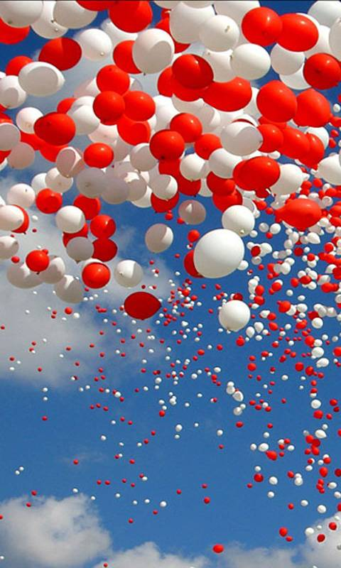 red nd white baloons