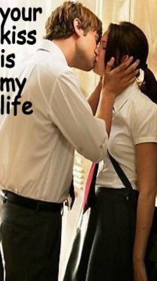 your kiss is my life