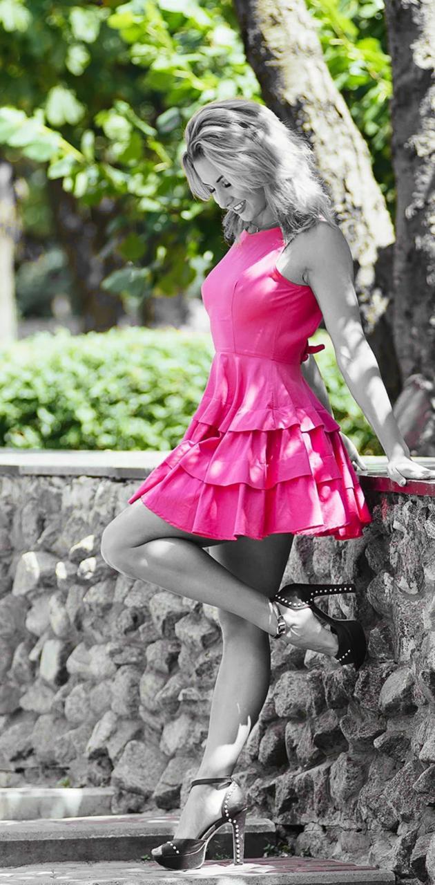 Short pink dress