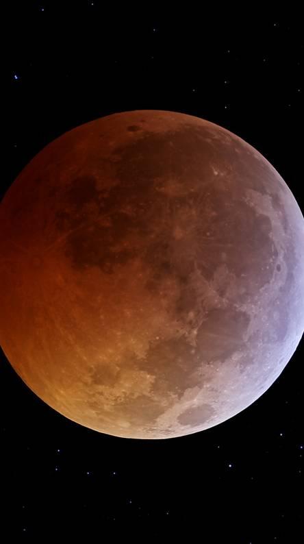 Eclipse-moon