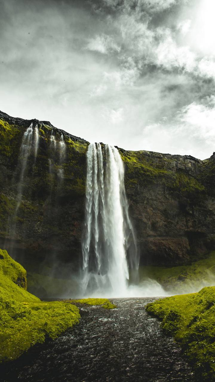 4k Waterfall