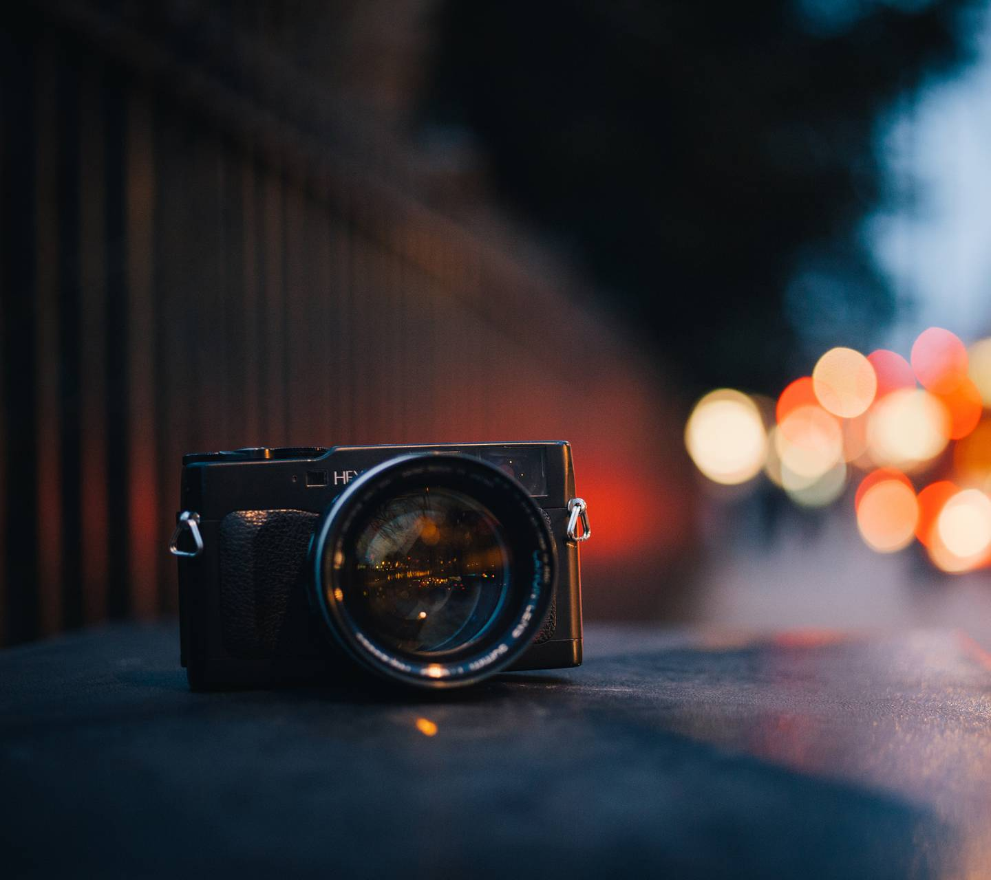 City photographing