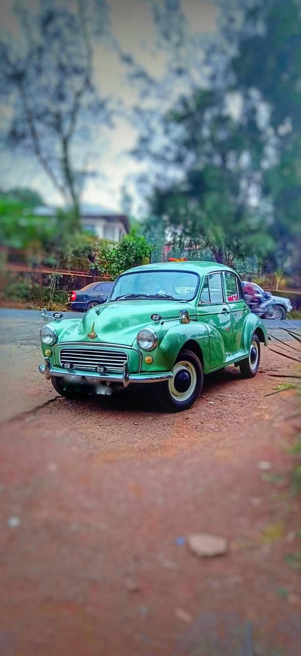 Vavantage car old
