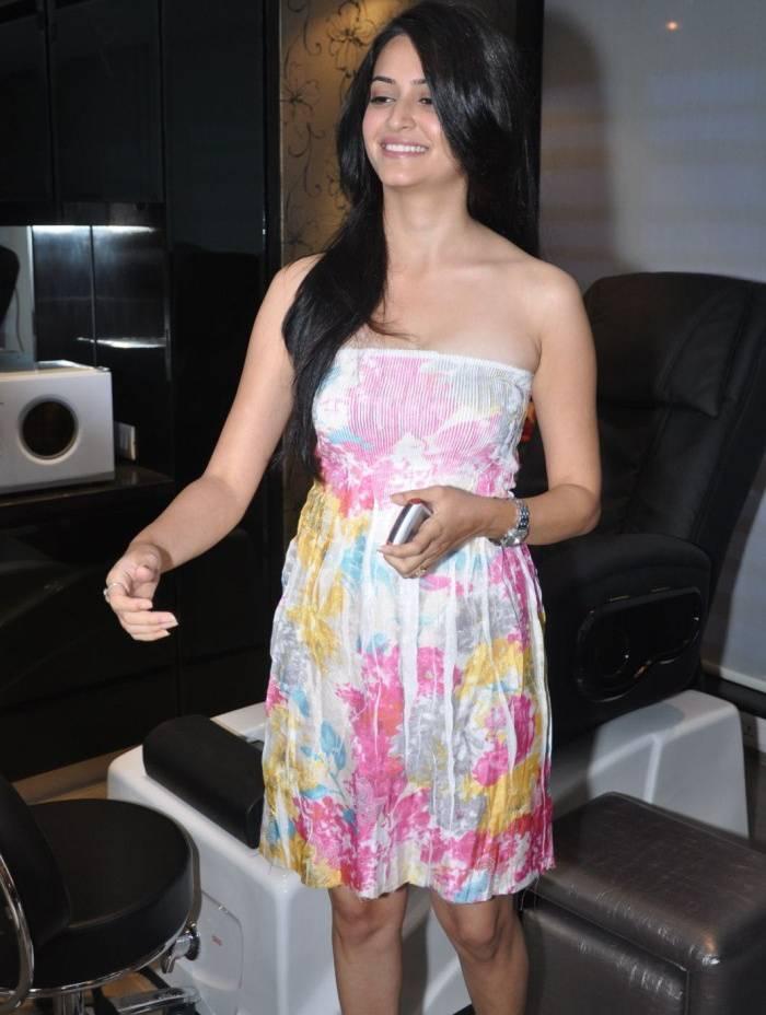 Krithi Karbandha