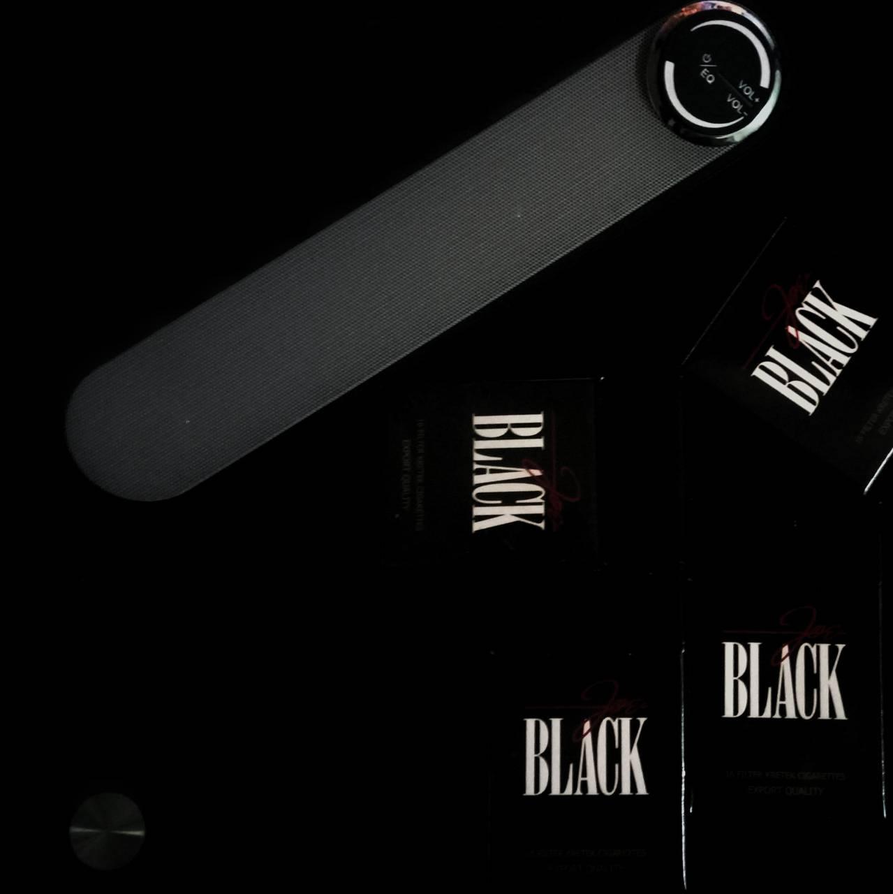 Black and Speaker