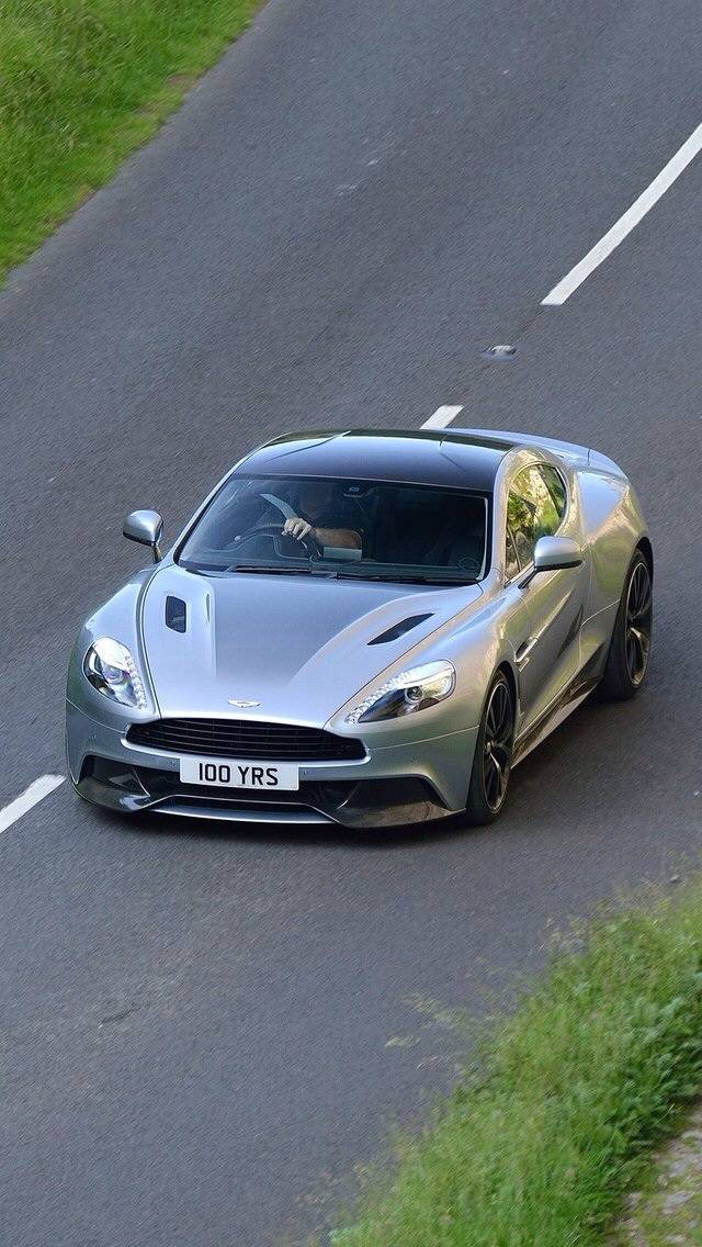 Aston Martin Vanquis