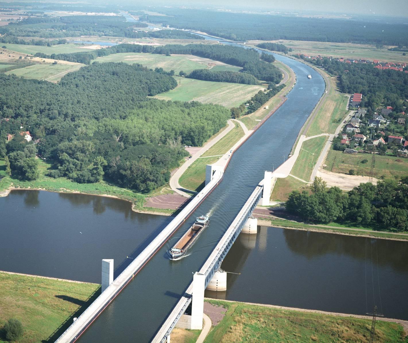 Magdeburg Waterbridg