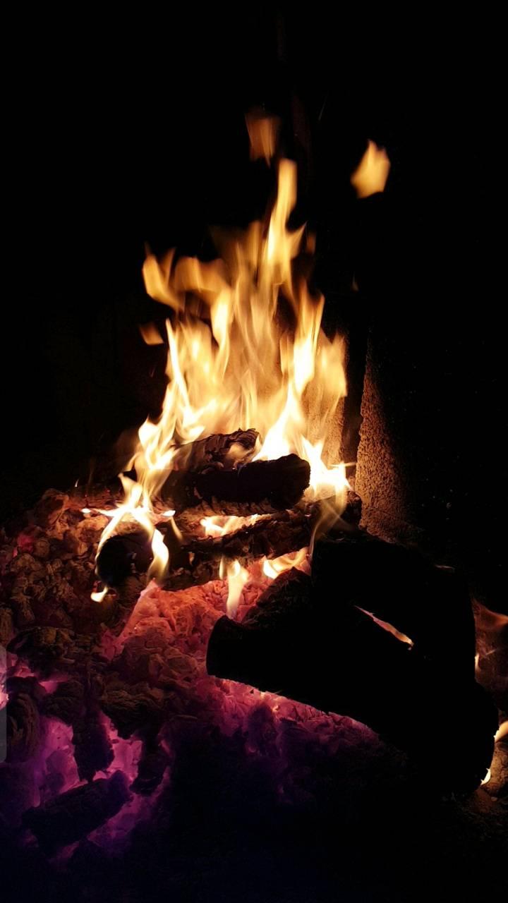 night fire burning