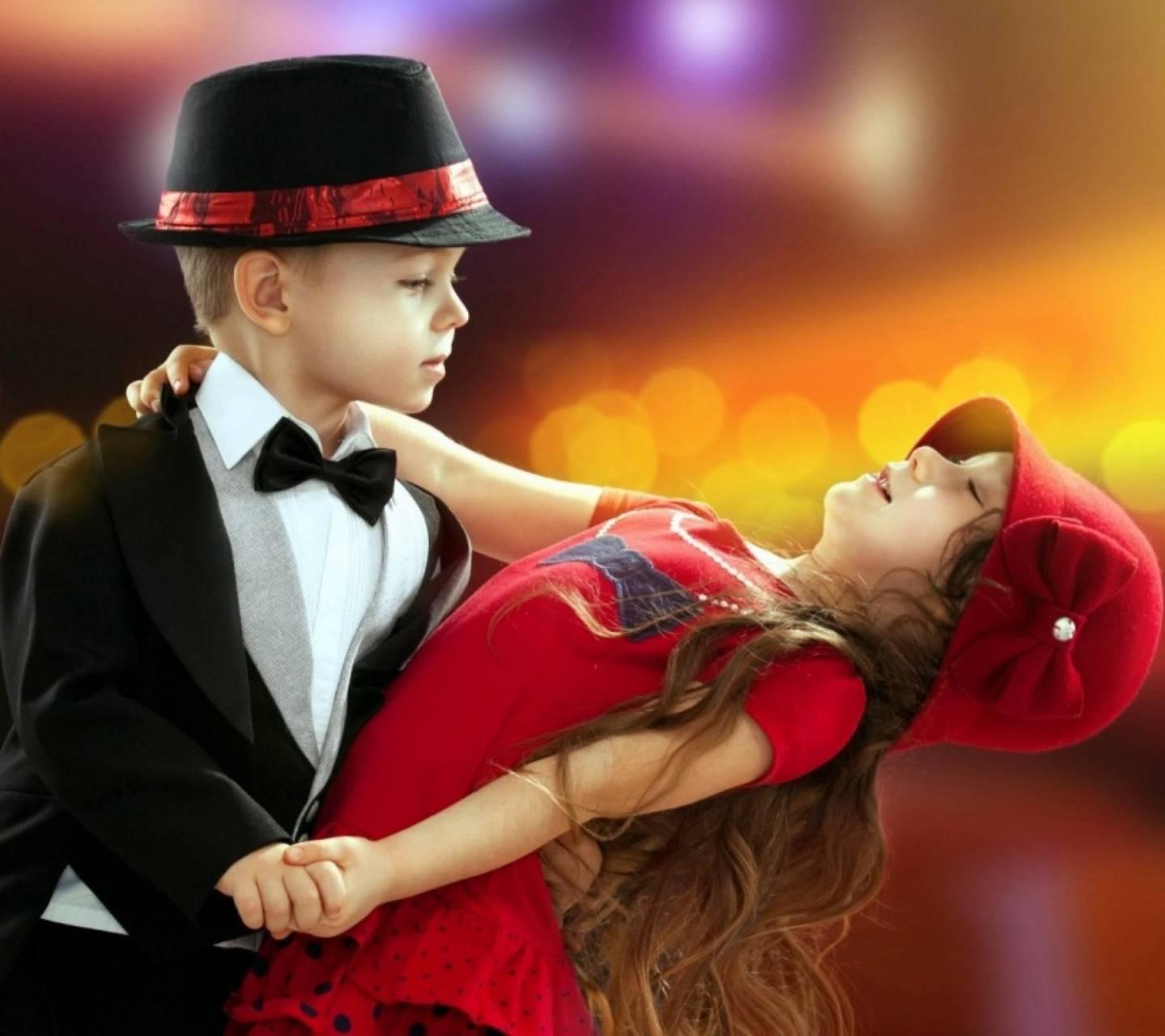 Lovely Dancing