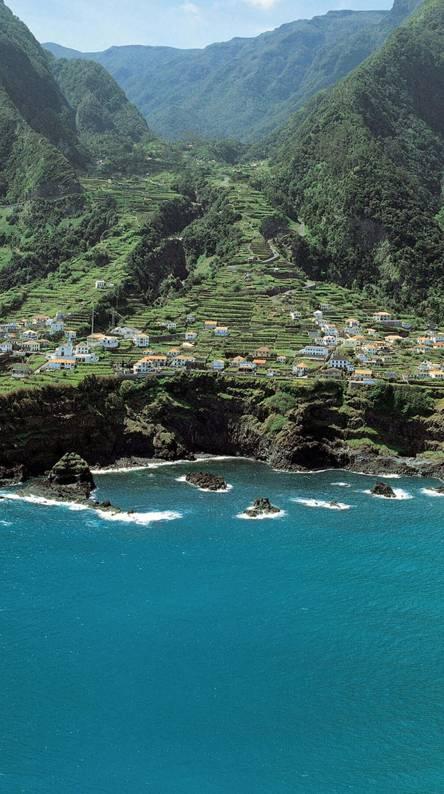 Island Homes 2