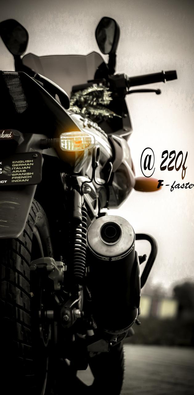 Pulser 220f