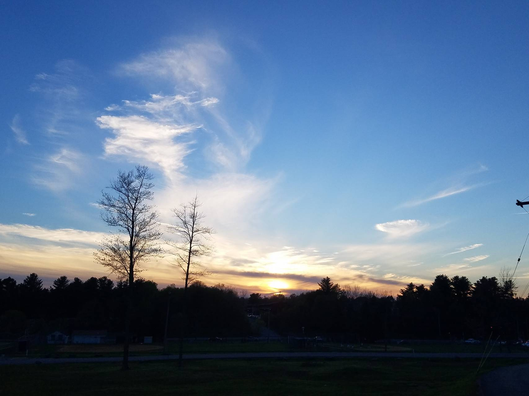 A wisp of clouds