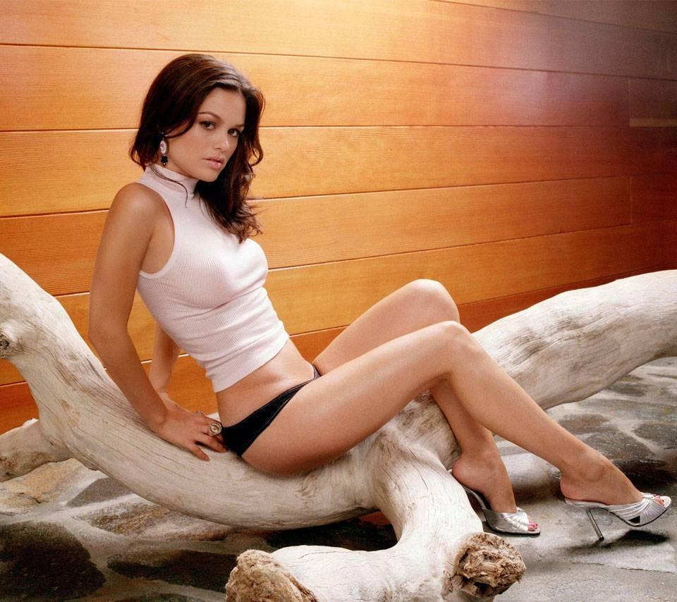 Rachel Bilson3