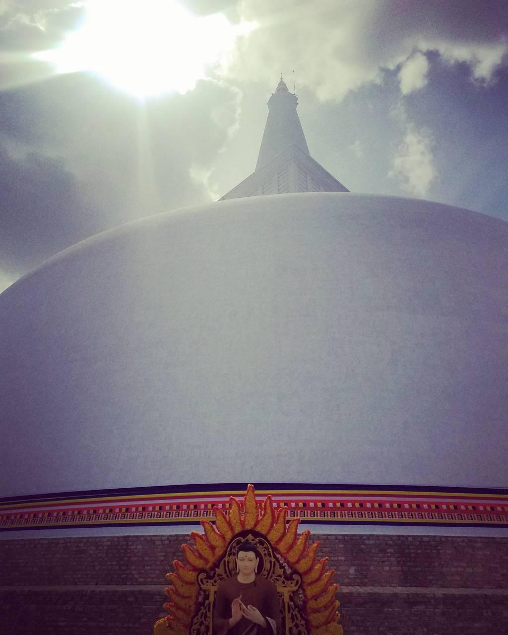 Load Buddha
