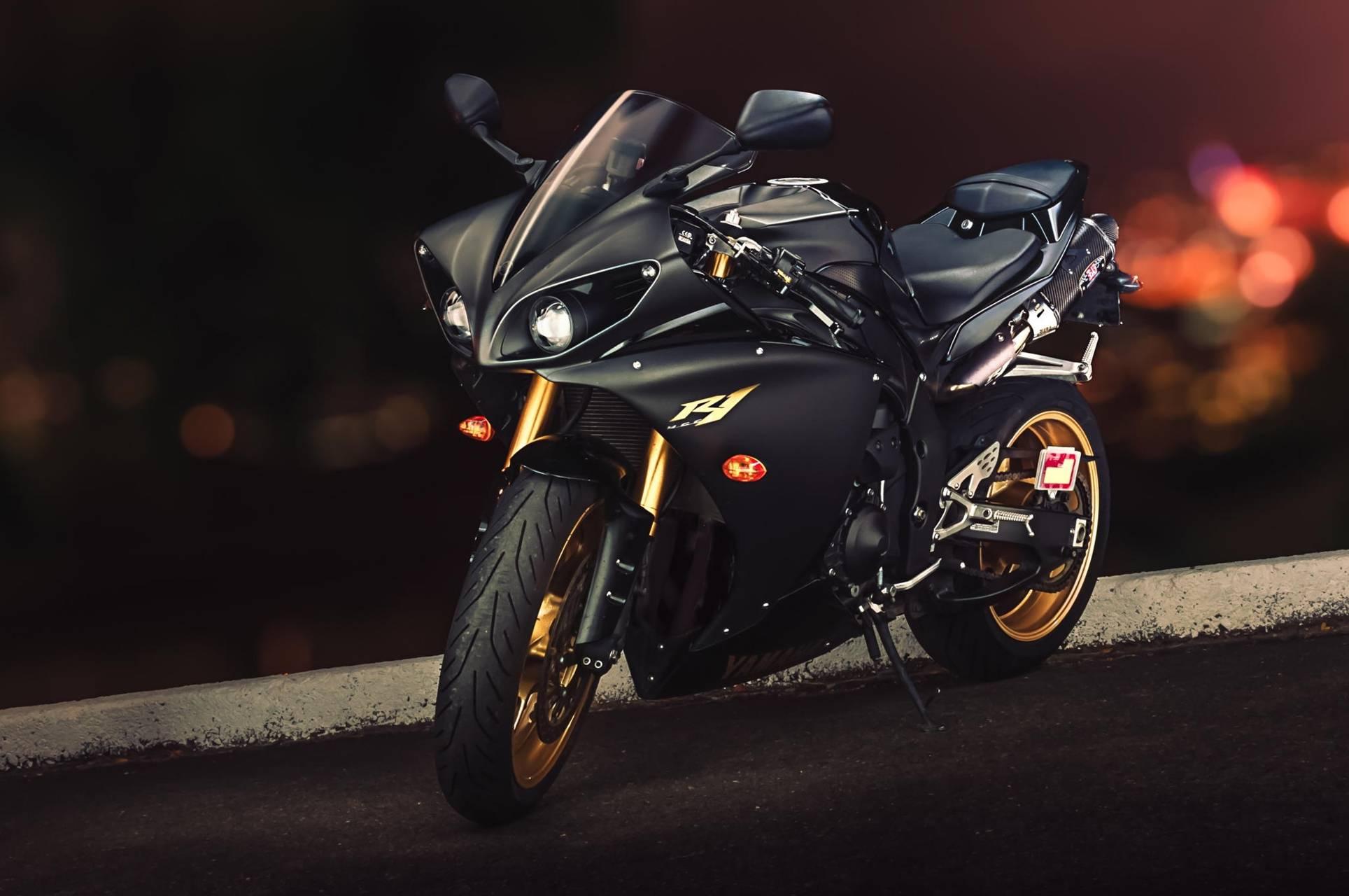 Yamaha-R1