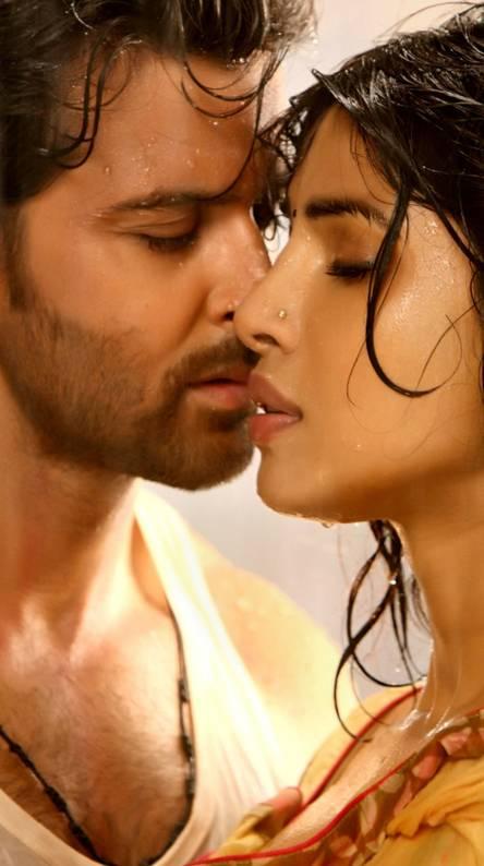 Hrithik Priyanka Lov