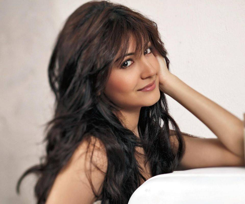 Hot Anushka With