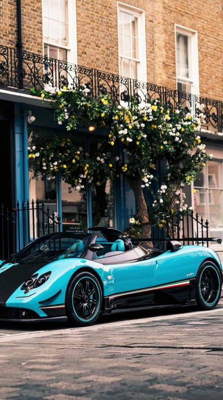 Exotic Hypercars