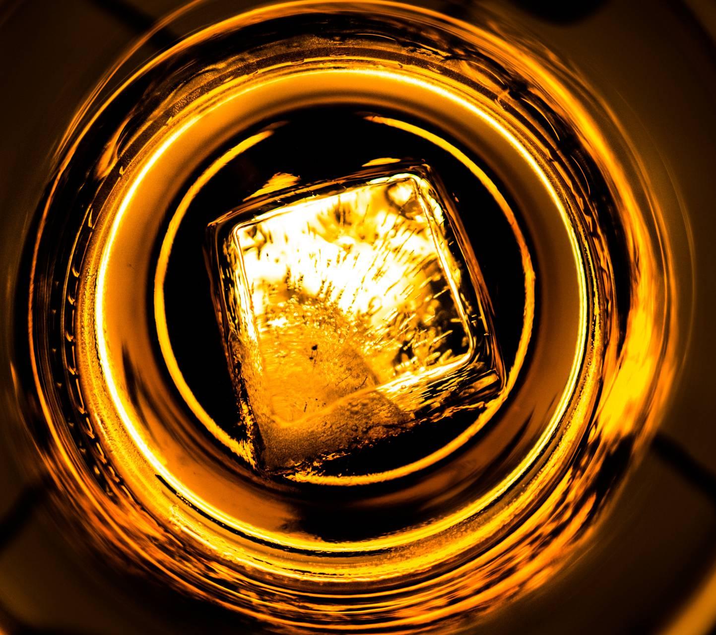 Whiskey 6