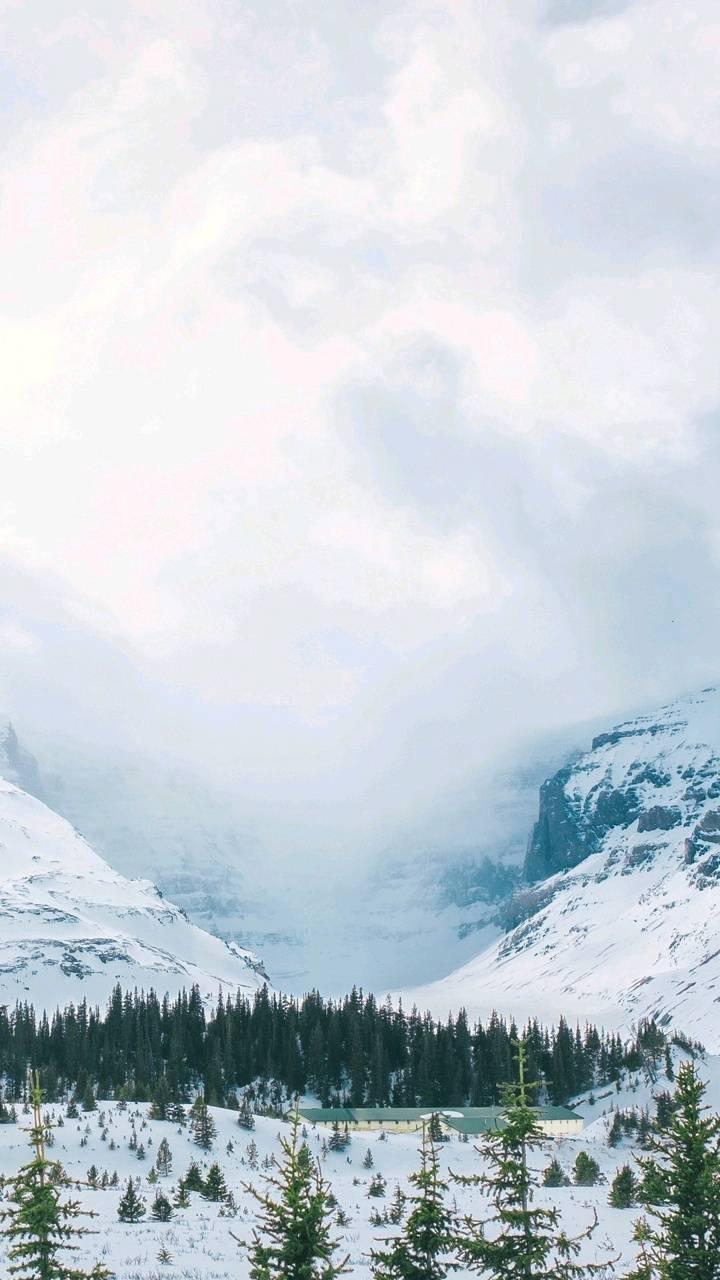 4k Mountain Walpaper