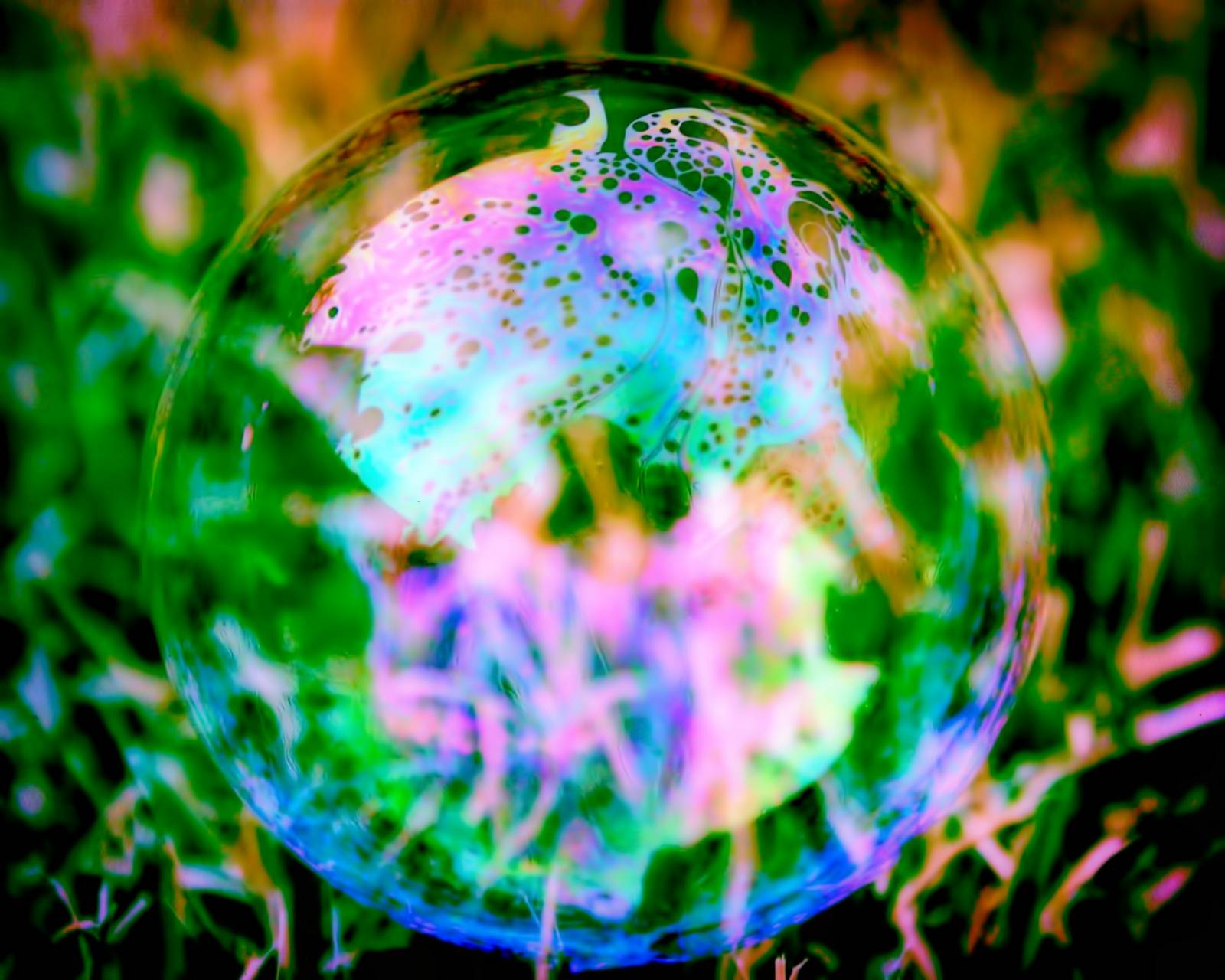 Bright bubble
