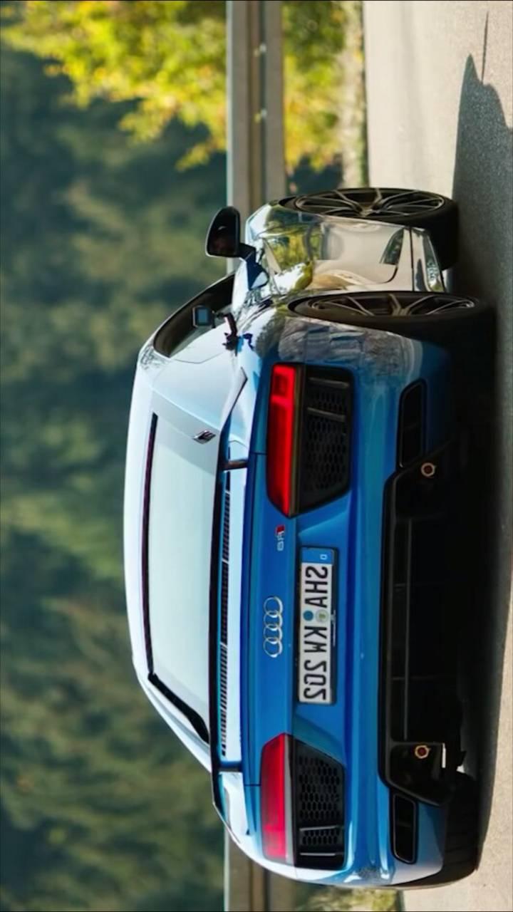 Blue R8