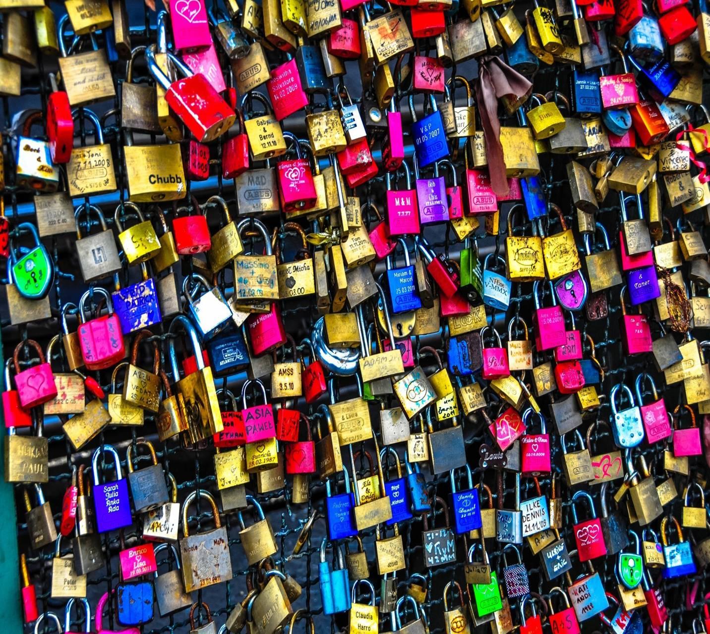 locked love