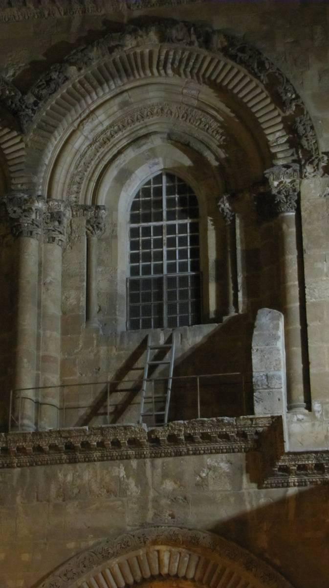 Ladder Holysepulchre