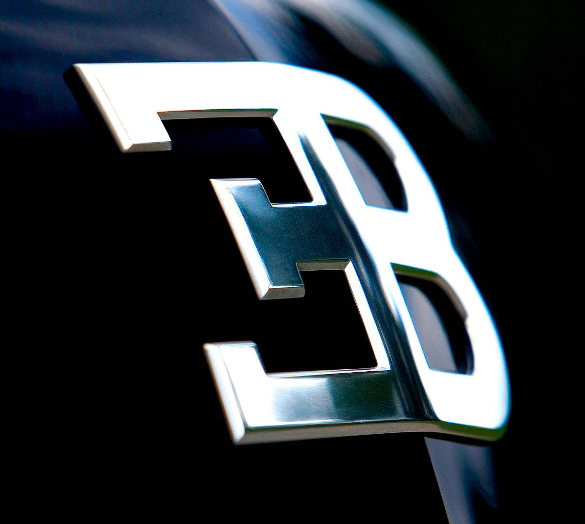 Bugatti Veyron Macro