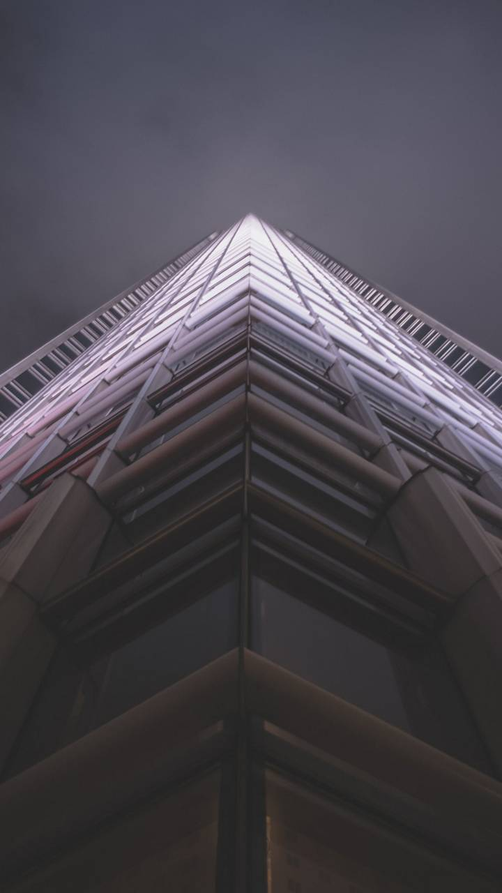 Modern Skyscraper 4K